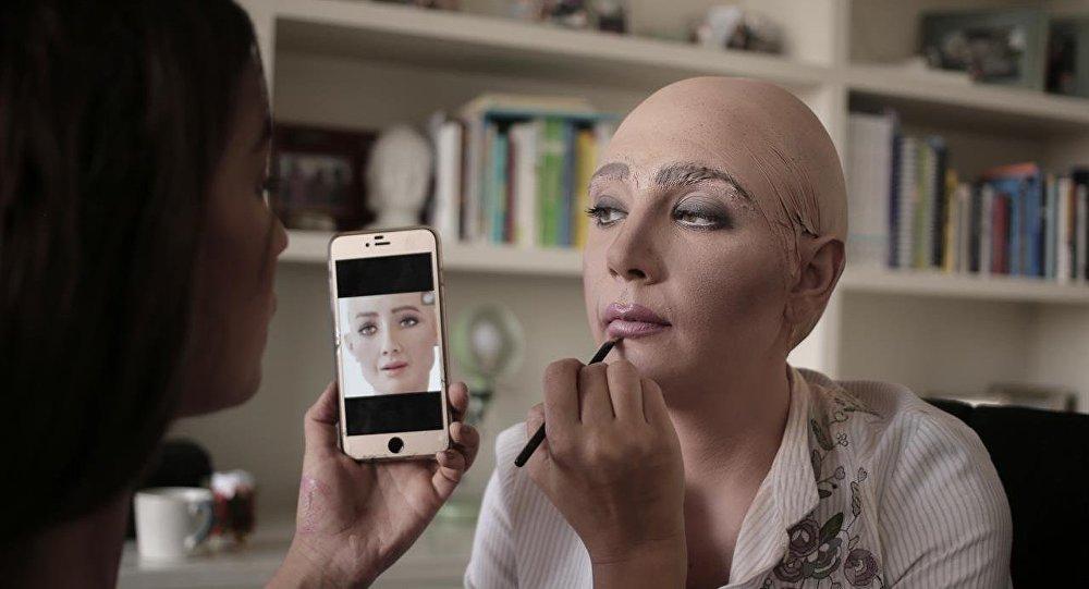 """وصول الروبوت """"صوفيا"""" إلى منتدى شباب العالم 2019"""